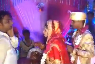 سیلی زدن عروس به مهمان مرد در جشن عروسی ! + فیلم//