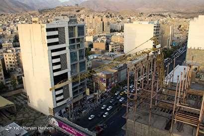 باشگاه خبرنگاران -واژگونی جرثقیل ساختمانی در کرج
