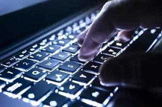 معاون وزیر ارتباطات: تعرفههای اینترنت تا پایان تابستان آزادسازی میشود