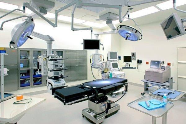 مدیرکل تجهیزات پزشکی: قیمت هر پروتز 7/5 میلیون تومان است/ 2 شرکت ایرانی پروتز لگن تولید میکنند