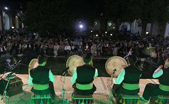 باشگاه خبرنگاران -برگزاری چهارمین جشنواره مولودی خوانی هه تاو در سنندج