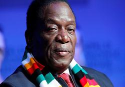 لحظه سوء قصد به جان رئیس جمهوری زیمبابوه + فیلم
