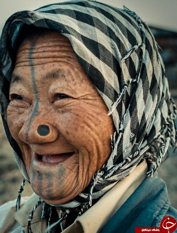 سفر عجیب عکاس لبنانی به قبیله زشتترین زنان دنیا+تصاویر