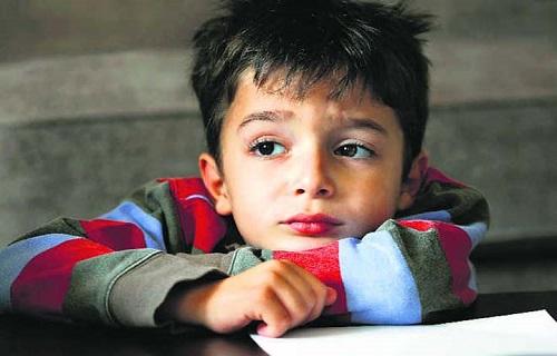 ۱۳ نشانه افسردگی کودکان را بشناسید