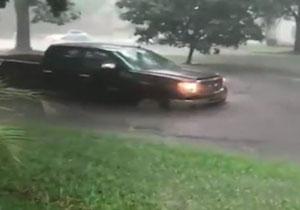 بارندگی شدید آمریکا را به و نیز تبدیل کرد! +فیلم