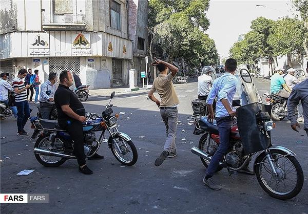 سوءاستفاده از تجمع صنفی/ اوباش هم خود را رساندند+عکس