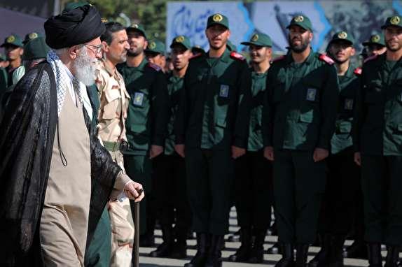 فرمانده کل قوا در مراسم دانشآموختگی دانشجویان دانشگاه امام حسین (ع) حضور یافتند