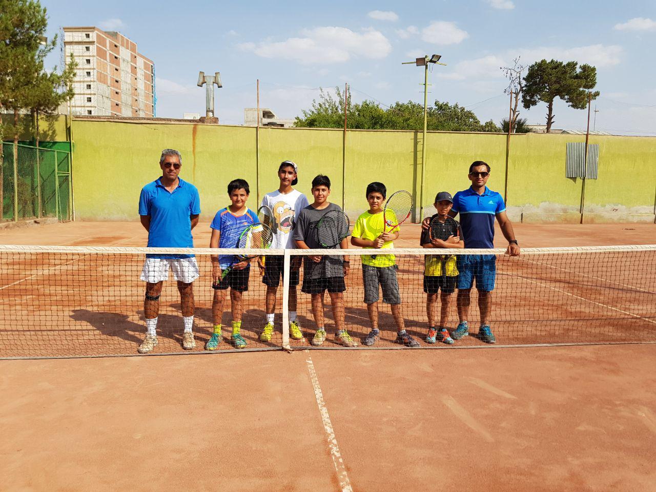 حضور 8 تنیسور در اردوی آماده سازی تیم تنیس کرمان