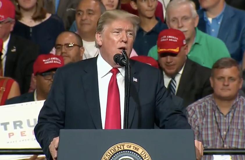 ترامپ: احساس میکنم ایرانیها به زودی با ما گفتگو خواهند کرد!