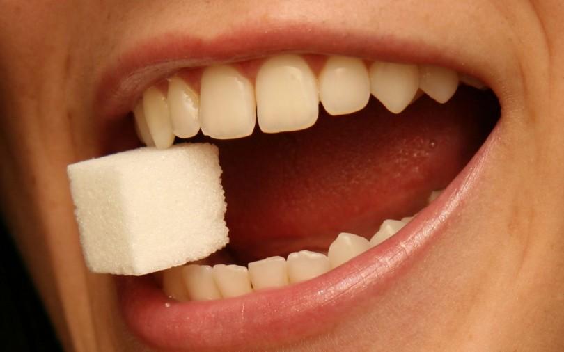 چه بخوریم تا دندان های سالم تری داشته باشیم؟