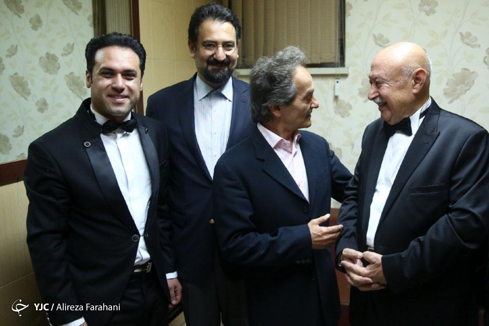 فخر موسیقی ایران روی استیج رفت