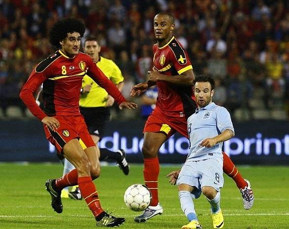 عجيب ترين فوتباليست هاي جهان از نظر جثه و قامت +تصاوير
