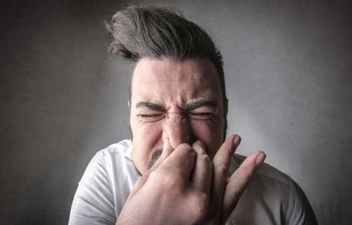 اشتباهاتی که منجر به مرگ خواهد شد/علائم پسوریازیس ناخن را بیشتر بشناسیم/چرا خانمها بیشتر اشک میریزند؟/مرگی که با عطسه نکردن گریبانگیرتان میکند