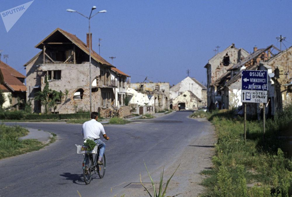 تصاویر زیرخاکی و تاثیر گذار از شهرهای جنگ زده جهان!