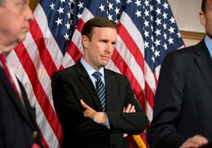 سناتور آمریکایی: ما یک اتوبوس مدرسه را در یمن بمباران کردیم