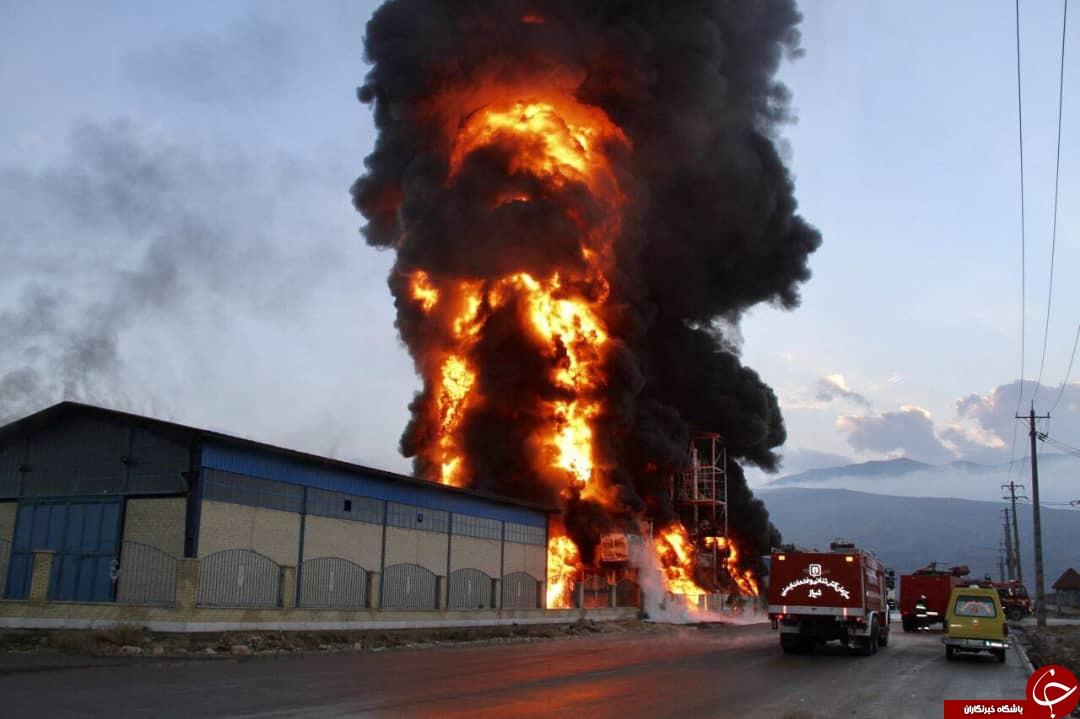 آتش سوزی در کارخانه تولید چسب و فوم شهرک صنعتی