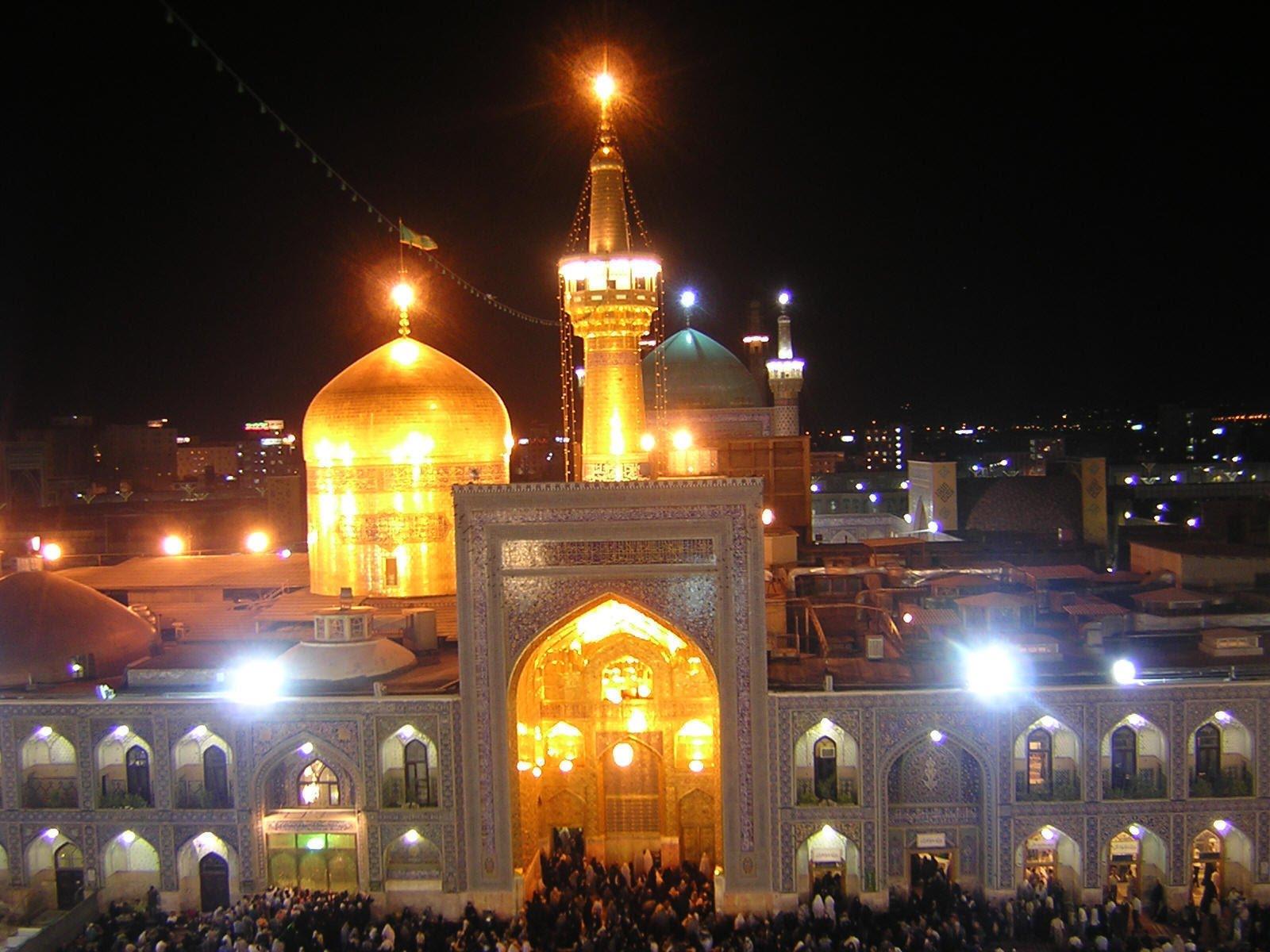 زیارتنامه امام رضا (ع) + متن و ترجمه