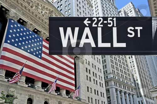 کاهش ارزش سهام بانکها در بازار بورس وال استریت