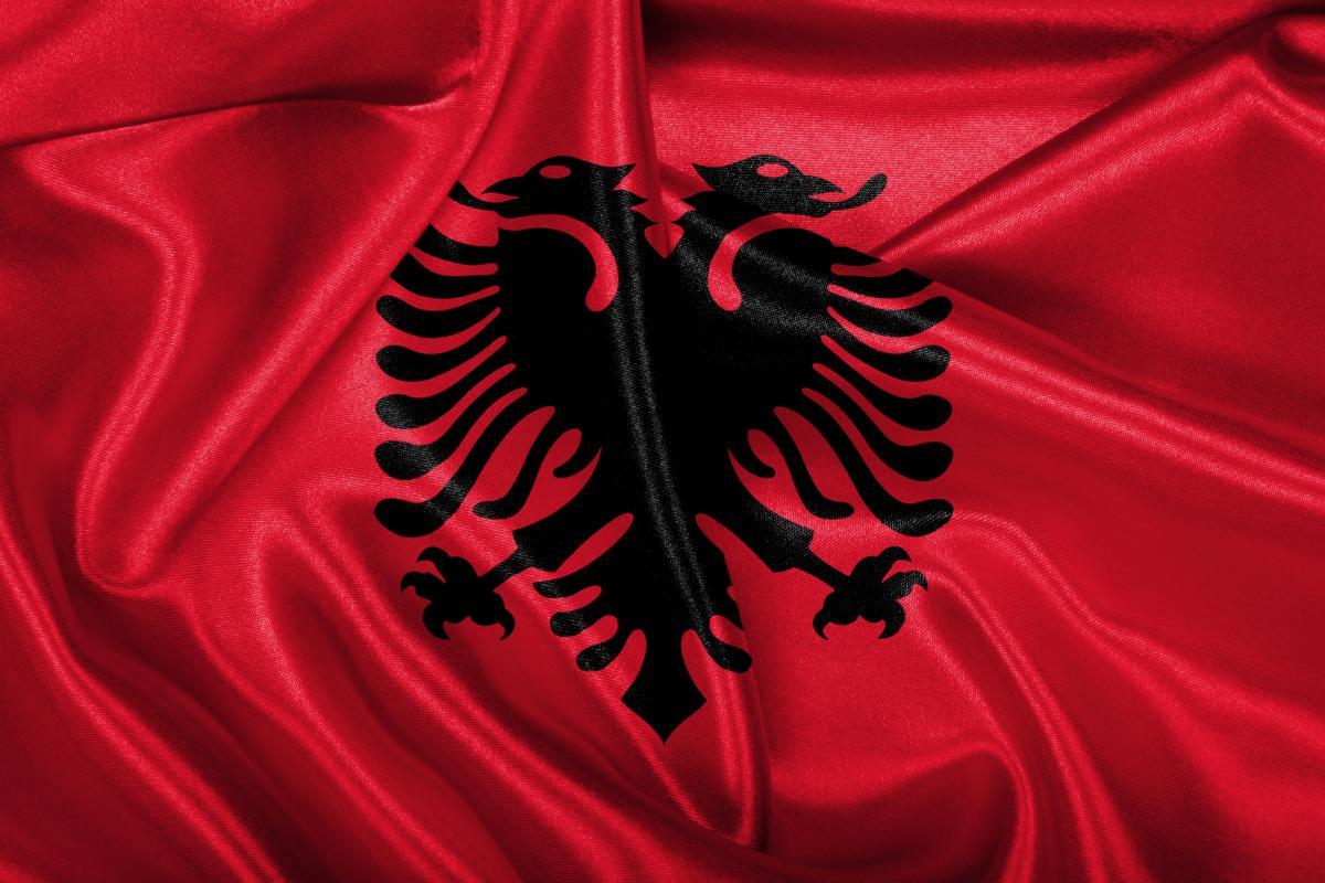 مردی در آلبانی ۸ نفر از نزدیکان خود را به قتل رساند