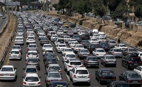ترافیک نیمه سنگین در محور آمل- تهران/بارش باران در محورهای استانهای گیلان و مازنداران