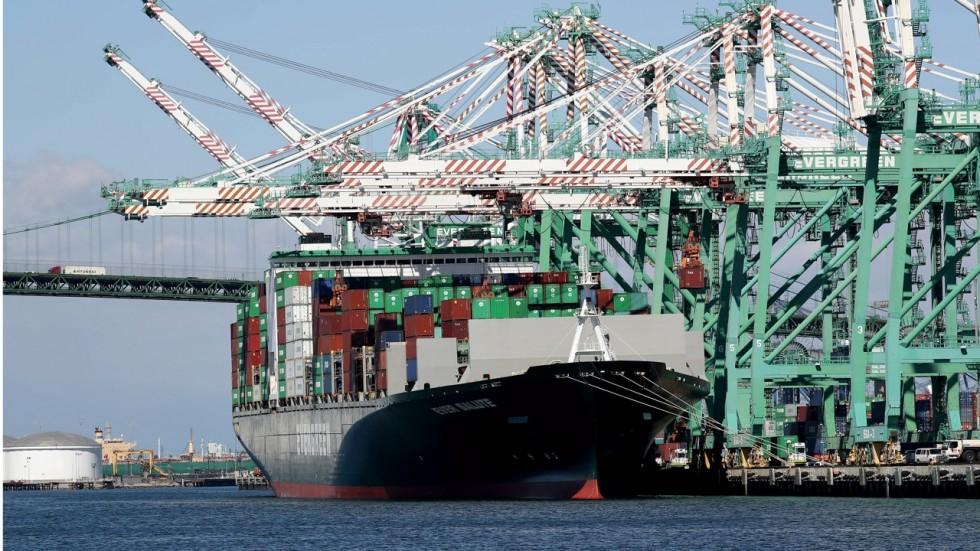 آتش جنگ تجاری ترامپ دامنگیر صنعت قایقسازی آمریکا شده است