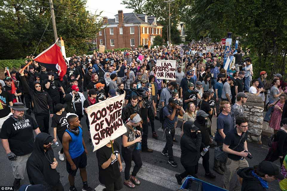 راهپیمایی ضد نژادپرستی در آمریکا همزمان با سالگرد حادثه شارلوتسویل