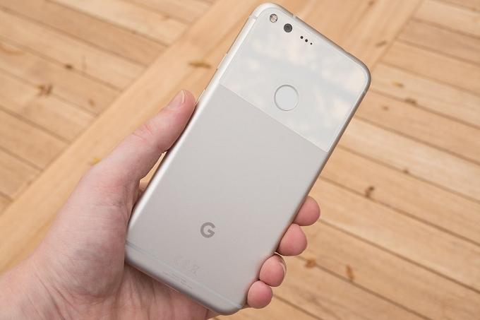 گوگل در تلاش درست کردن باگ به وجود آمده برای گوشیهای Pixel XL