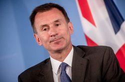 لندن: به برجام متعهد میمانیم و از تحریمهای آمریکا تبعیت نمیکنیم/ آماده گفتگو درباره فعالیتهای نگرانکننده ایران هستیم!