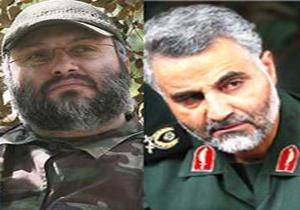 تصویرى از اقامه فرمانده شهید عماد مغنیه(رضوان) در کنار سرلشکر قاسم سلیمانى