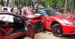 تصادف شدید راننده حین تست ماشین برای خرید! +فیلم