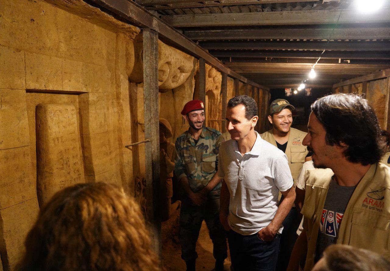 بازدید بشار اسد و همسرش از تونلهای مرگ تروریستها در غوطه شرقی+ تصاویر