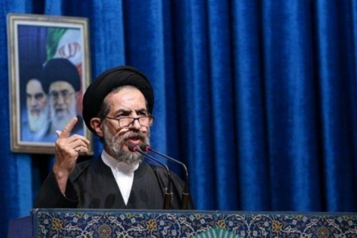 بدون شک دفاع مقدس مهمترین رویداد تاریخ ایران است/آزادگان هیچگاه به امام خود پشت نکردند و نفوذ ناپذیر بودند