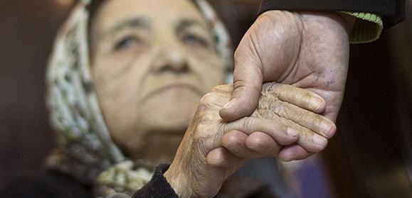 ایران در انتظار پدیده انفجار سالمندی / برنامه ریزی برای توسعه رشته پرستاری سالمند در کشور