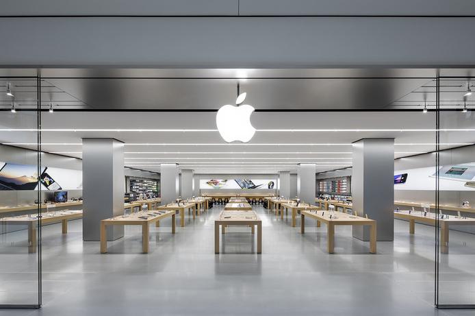 سرقت 20 گوشی آیفون از یک اپل استور در کالیفرنیا