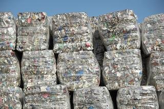 ایالات متحده آمریکا در فروش زباله هم کمکاری و تقلب میکند! +تصاویر
