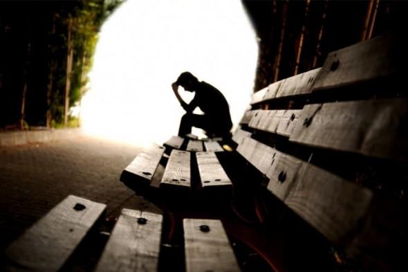 چرا تنهایی برای افراد خطرناک است؟