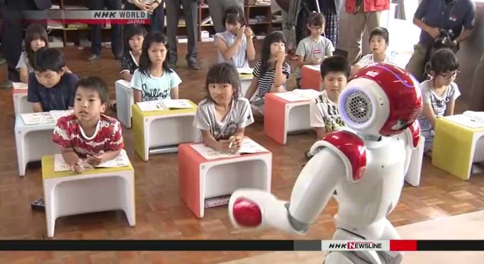 رباتها جای معلمان مدرسه راهی مدارس می شوند!
