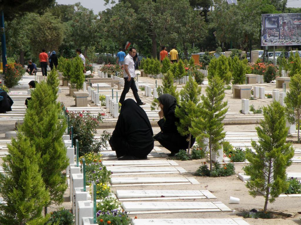 مطالب مذهبی عالم برزخ کجاست شب اول قبر چگونه است بعد از مرگ به کجا میرویم اخبار مذهبی اتفاقات بعد از مرگ انسان
