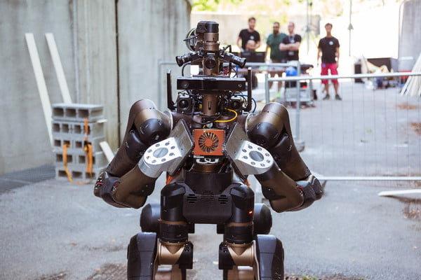 ربات نیمه انسان برای ماموریتهای نجات ساخته شد