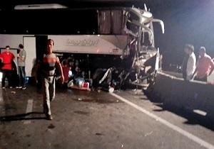 شهروندخبرنگار ساوه؛ تصادف شدید با 1 کشته در محور ساوه - سلفچگان + فیلم