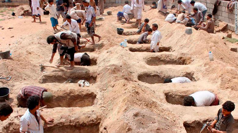 سخنگوی ائتلاف سعودی: هیچ کودکی در اتوبوس یمنی نبوده است!