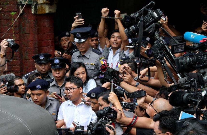 اتحادیه اروپا خواستار آزادی فوری خبرنگاران رویترز در میانمار شد