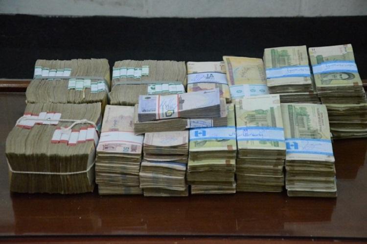 استرداد 590 میلیون ریال وجه نقد به صاحبش توسط مامور وظیفه شناس پلیس