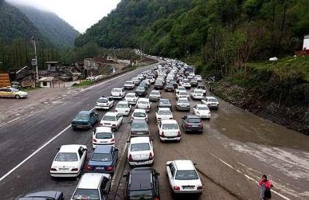 ترافیک در محور کرج - چالوس و تهران-آمل سنگین است