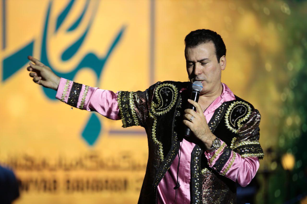 رونمایی از قطعات آلبوم جدید رحیم شهریاری در کنسرت برج میلاد