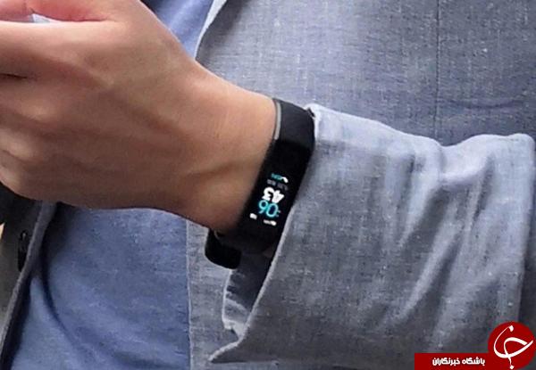 مچبند هوشمند Honor Band 4 در دست رئیس کمپانی آنر دیده شد