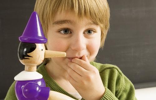 راههای مقابله با دروغگویی کودک/ چگونه دروغ کودک را تشخیص دهیم؟