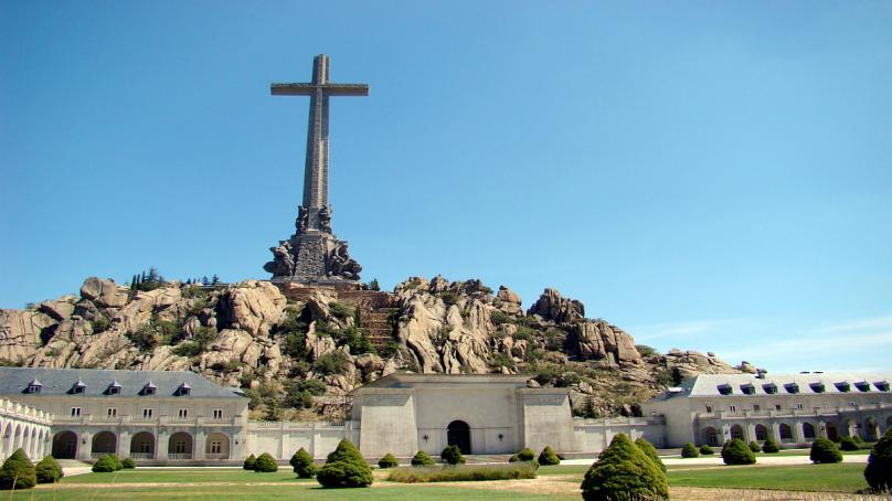 دیکتاتور سابق اسپانیا نبش قبر میشود