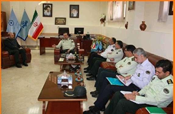 باشگاه خبرنگاران - تعامل نیروی انتظامی با رسانه استانی در جلوگیری از آسیب های اجتماعی موثر  است