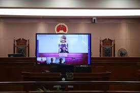 ماجرای برگزاری دادگاه اینترنتی در کشور چشم بادامیها + عکس